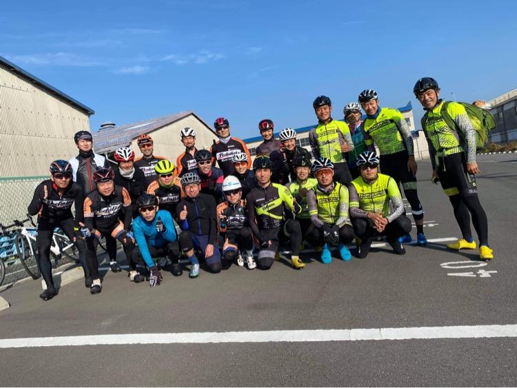 レオモベルマーレレーシングチームと走行会を行いました。